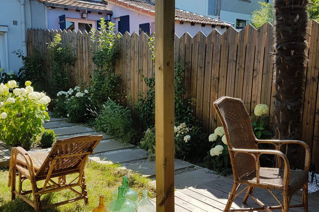 jardin-des-cotteaux-terrasse-bois-palissade-bois-pommiers (7)